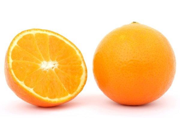 10 เหตุผลที่ดีสำหรับเพื่อการรับประทานส้มหนึ่งวัน